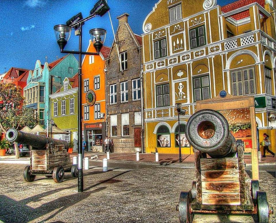 Top-5 Things to Bring on a Curaçao Vacation